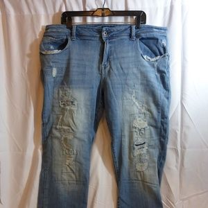 Lucky Brand Reese Boyfriend Distressed Jeans